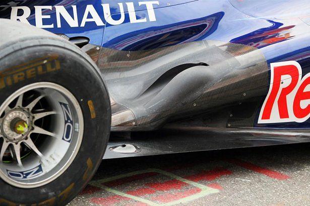 Końcowa sekcja układu wydechowego w bolidzie Red Bulla