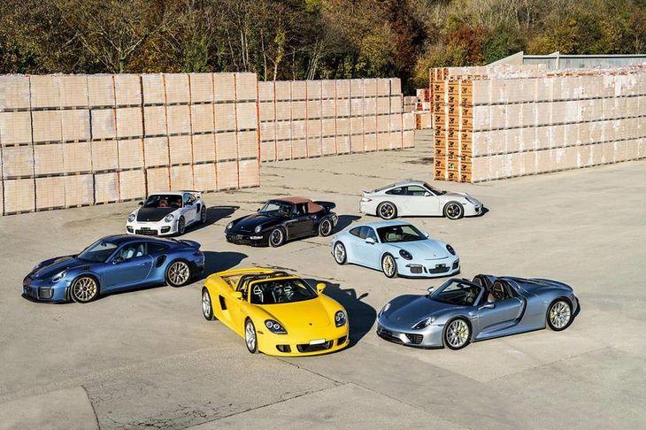 Wszystkie te auta trafią na sprzedaż w pakiecie.