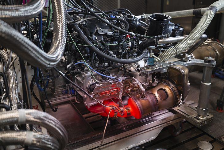 Silnik Porsche 911 GT3 podczas testów
