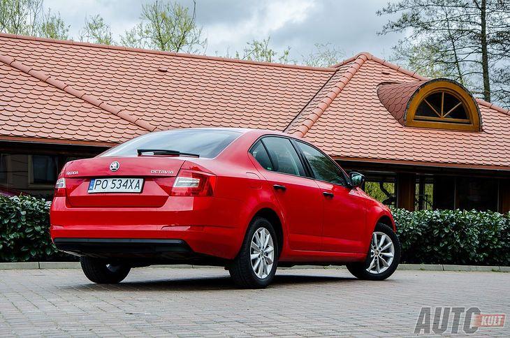 Skoda Octavia III jest najpopularniejszym nowym autem w Polsce. Dzięki temu rynek wtórny staje się coraz obszerniejszy.