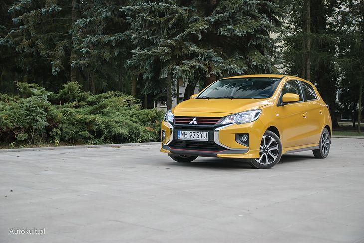 Mitsubishi Space Star było kilka lat temu drogim autem segmentu B, ale za to świetnie wyposażonym. Dziś jest jednym z najtańszych i jedną z lepszych propozycji na rynku nowych samochodów.