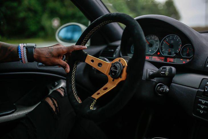 Sportowa kierownica w BMW