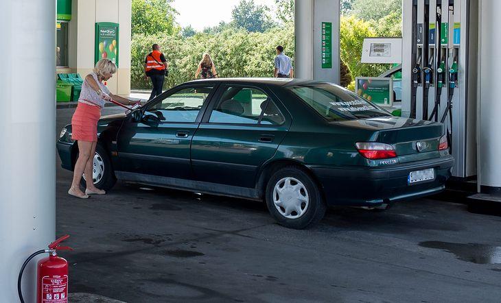 Od 2040 Roku Zakaz Sprzedaży Samochodów Spalinowych W Wielkiej