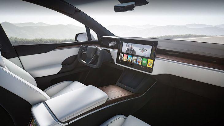 Jeśli chodzi o zaawansowanie techniczne samochodów, Tesla jest jednym z liderów