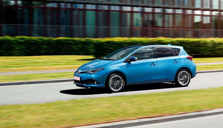 Toyota Auris Ii 2012 2018 Opinie Porady Hybryda Diesle
