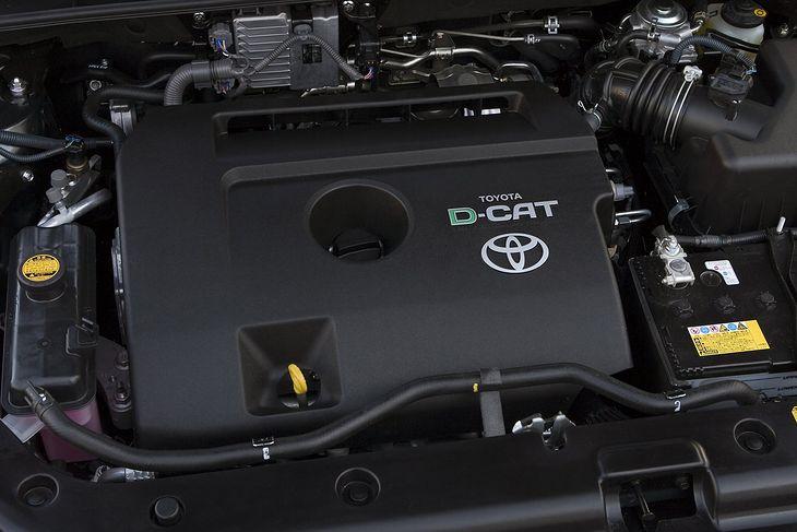 Silniki D-4D z oznaczeniem D-CAT są wyposażone w filtr DPF