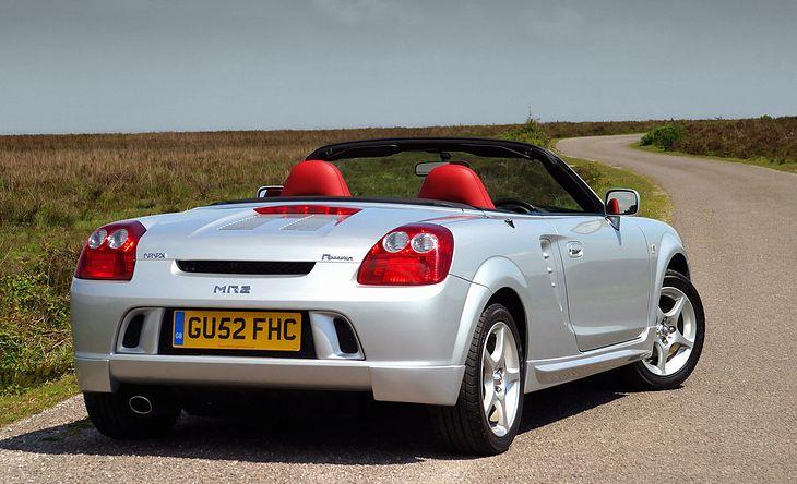 Ostatnie wydanie Toyoty MR2. Produkcję zakończono w 2007 roku.