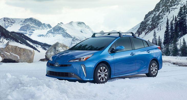 Toyota Prius Hybrid AWD-i - premiera, informacje, działanie