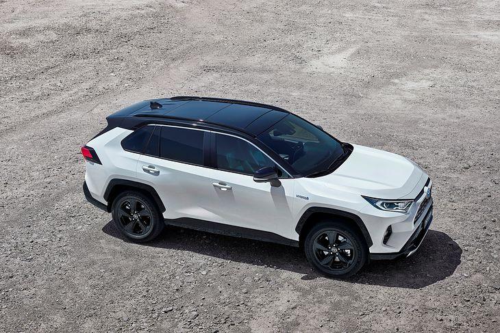 Nowa Toyota Rav4 2 5 Hybrid Cena Przedsprzedaz Wyposazenie