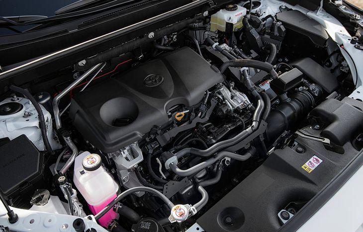 Ponad połowa gamy Toyoty jest dostępna w odmianach hybrydowych. W siostrzanym Lexusie jest jeszcze lepiej