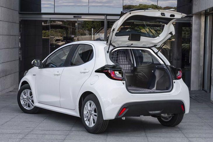 Toyota Yaris ECOVan (2021)