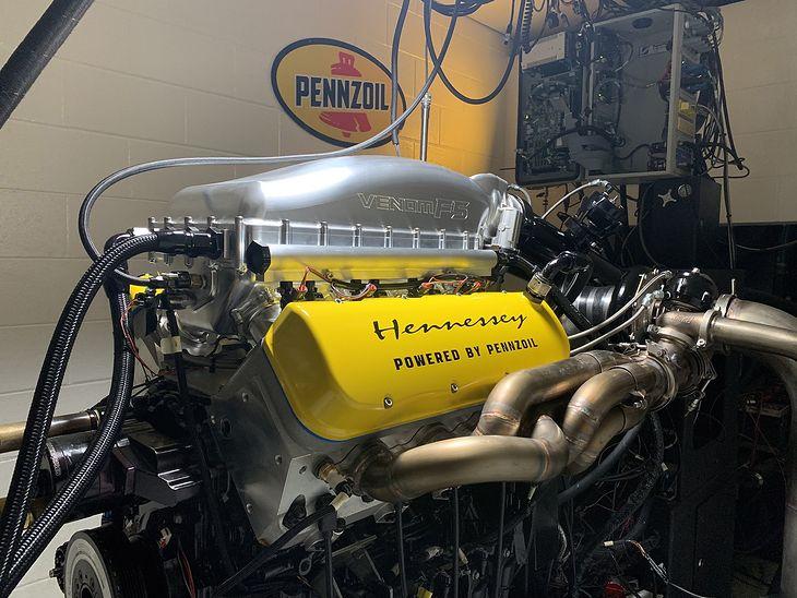 Silnik opiera się na rozwiązaniach znanych z jednostki LS7