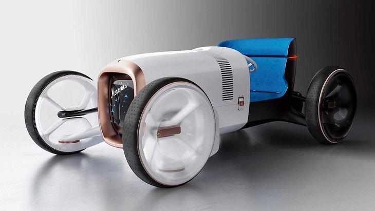 Mercedes zręcznie połączył pierwotną motoryzację ze współczesnością.