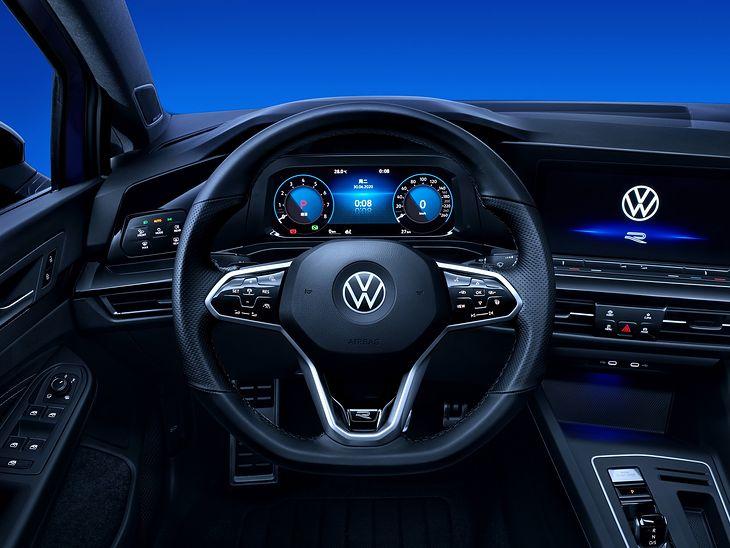 Volkswagen Golf 8 - wnętrze