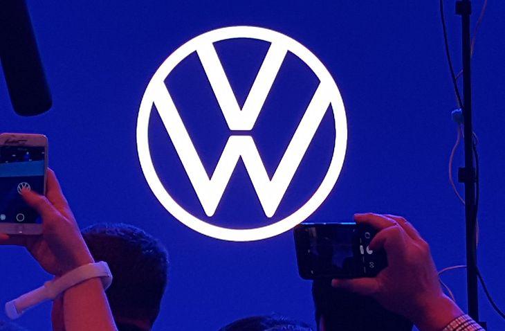 Nowe logo cieszyło się sporym zainteresowaniem dziennikarzy obecnych na salonie samochodowym we Frankfurcie