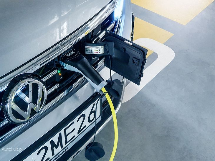 Volkswagenowi nie wystarczyło aut w wtyczką, by uniknąć kary