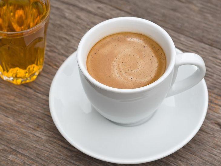 Co się stanie, gdy zrezygnujemy z kawy na 7 dni?