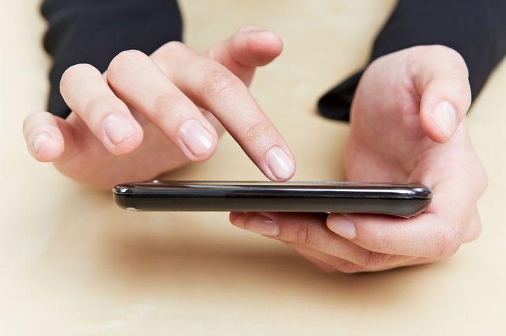 W trakcie 60 minut pisania wiadomości SMS spalamy 40 kalorii