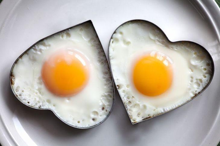 Żółtka jaj zawierają fosfolipidy