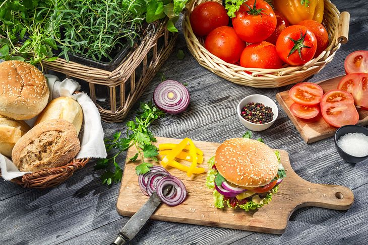 Zdrowe domowe hamburgery