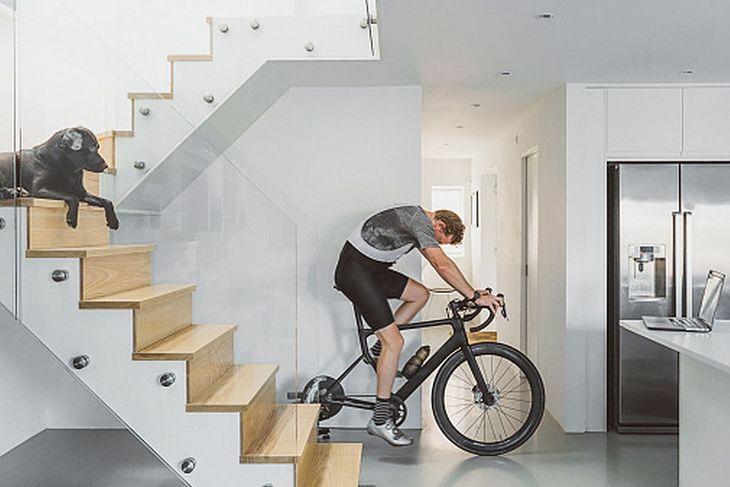 Trening rowerowy w domu