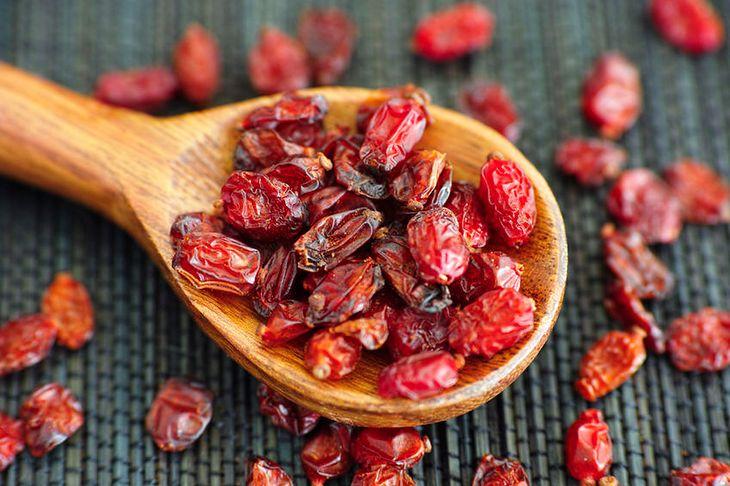 Suszone owoce berberysa zwyczajnego