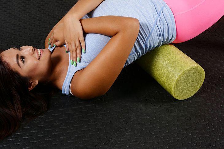 Ćwiczenia z rollerem poprawiają mobilność