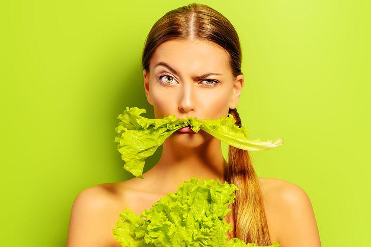 Odpowiednia dieta odmładza skórę