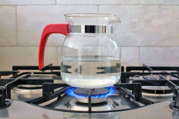 Należy pić wodę gotowaną jednokrotnie