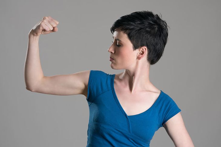 Smukłe samiona to efekt diety i ćwiczeń
