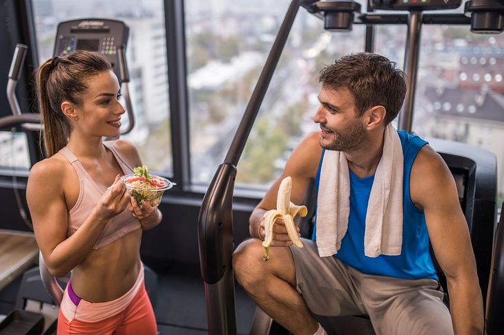 Krótko po treningu należy spożyć lekki posiłek, przekąskę