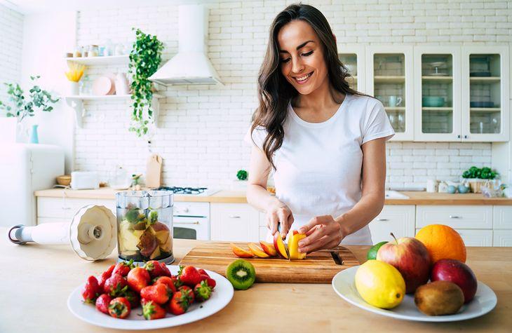Dieta antyrakowa opiera się na warzywach i owocach