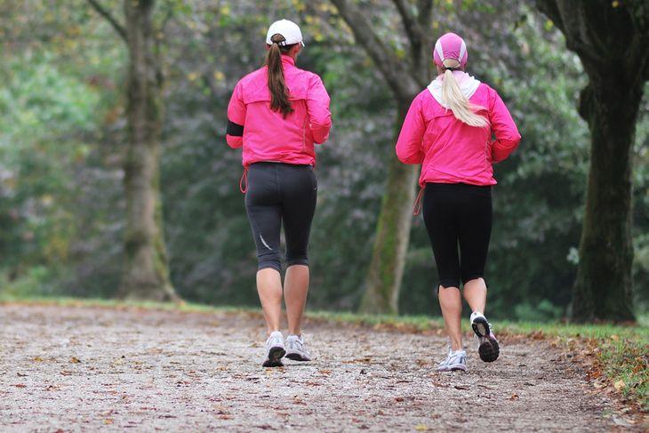 Na zdjęciu: biegaczki w truchcie