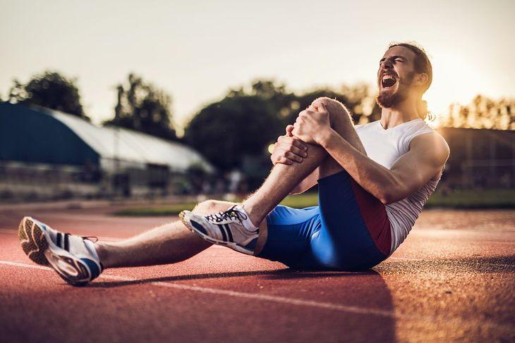 Gęsia stopka to dolegliwość, z którą zmagają się m.in. biegacze długodystansowi
