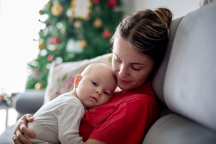 Na zdjęciu: matka z niemowlakiem