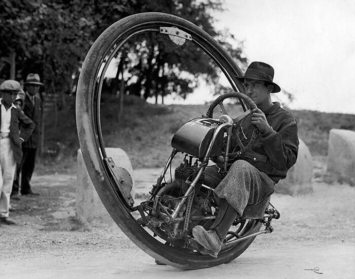 Jednokołowy motocykl, Niemcy, 1925