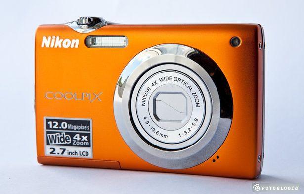 Przykładowy tani kompakt - Nikon COOLPIX S3000
