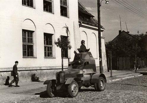 Inwazja na Polskę w obiektywie Harrisona Formana