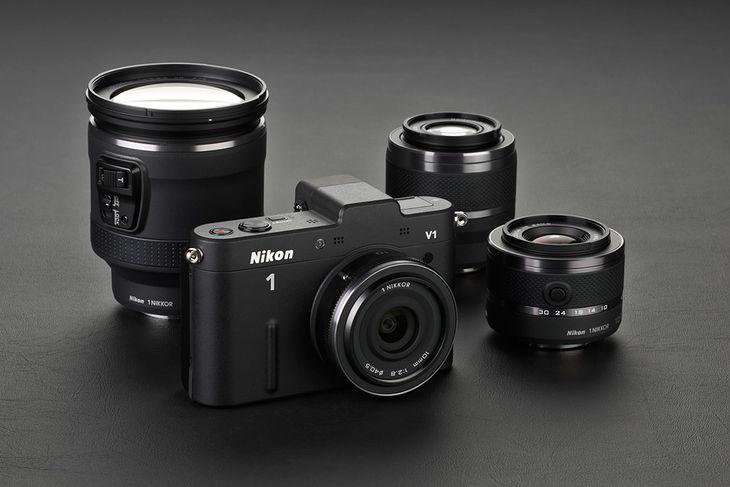 Nikon 1 V1 z nowymi obiektywami