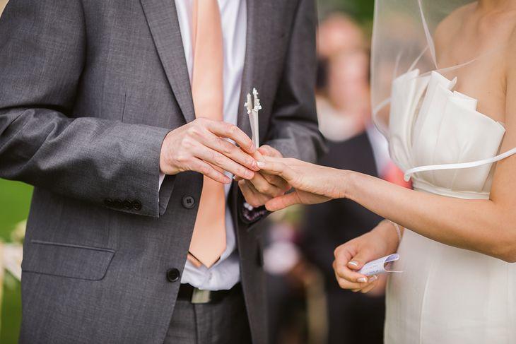 Zdjęcia ślubne zwykle chronione są prawami autorskimi