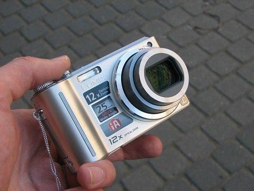 Lumix DMC-TZ6 - Solidny kompakt z super zoomem