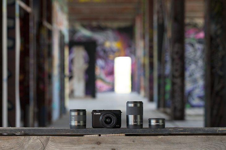 Canon EOS M10 z obiektywami