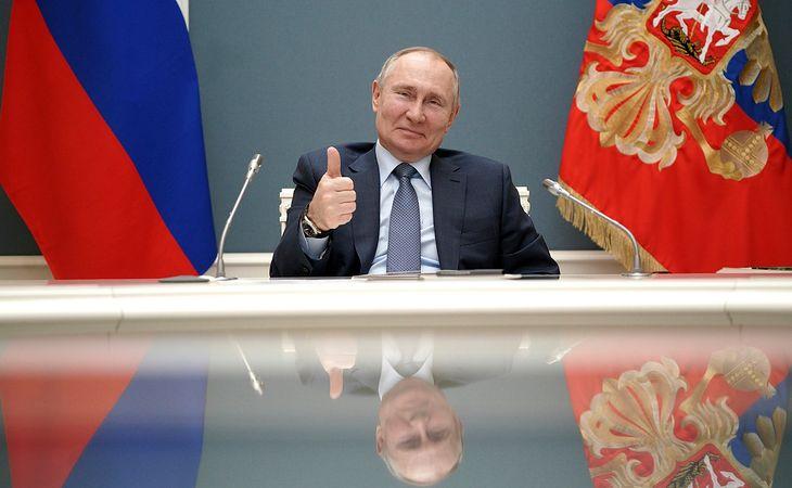 Władimir Putin podczas spotkania z Erdoganem.