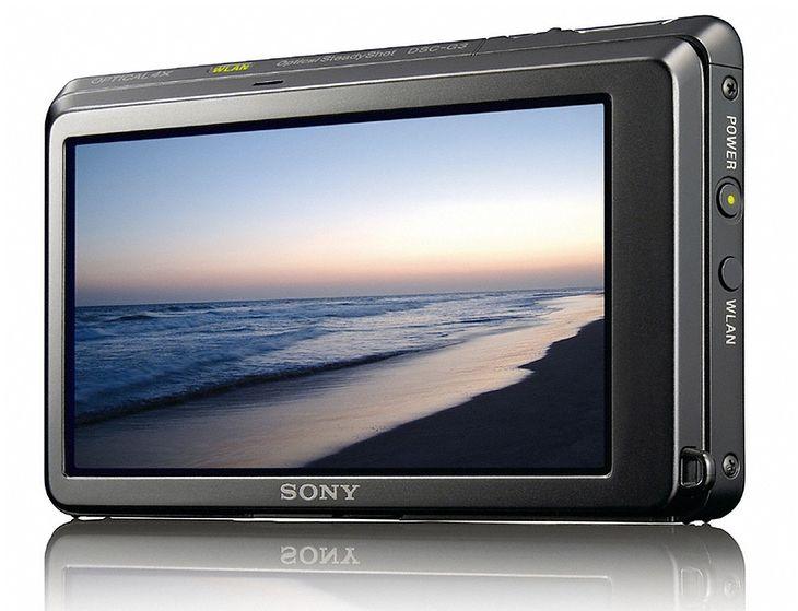 Zaprezentowany na targach CES 2009 Sony Cyber-shot G3 był pierwszym aparatem z wbudowaną przeglądarką. Mamy rok 2011 i model ten nie jest już w sprzedaży. Nie ma też następcy.
