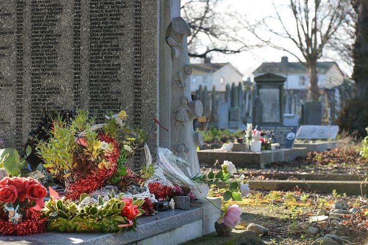 Pomnik upamiętniający ponad 200 dzieci z Bethany Mother and Child Home na Cemetery Mount Jerome w Harold's Cross w Dublinie.