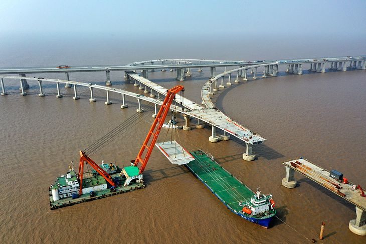 Budowa mostu w Chinach