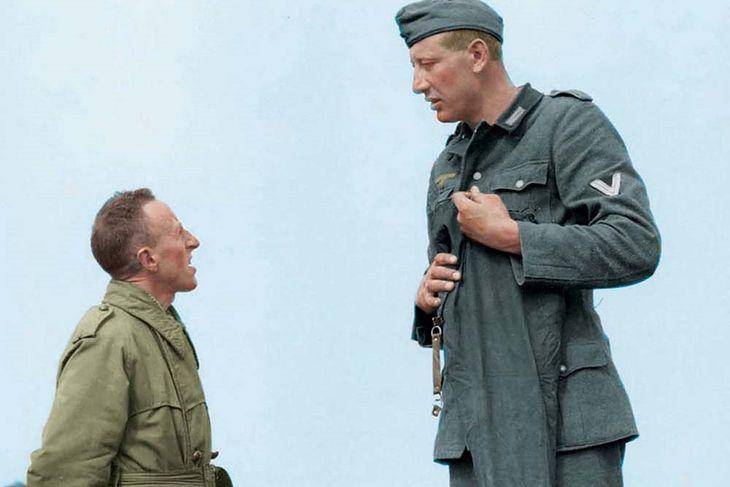 Jakob Nacken (221 cm wzrostu) z Bobem Robertsem (160 cm wzrostu)