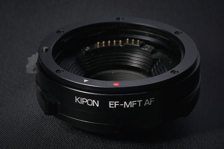 Adapter Kipon Canon EF/EF-S na Mikro Cztery Trzecie