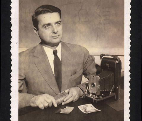 Edwin H. Land, który wypuścił na rynek pierwszego Polaroida