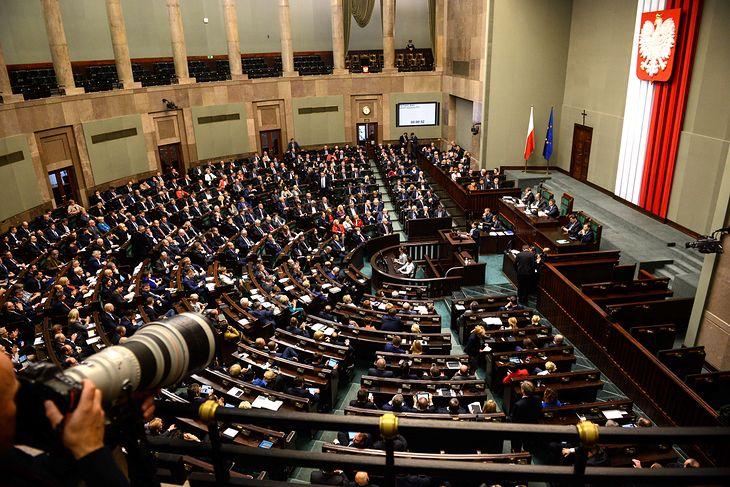 Warszawa, 20.10.2016. Sejm, który wznowił obrady, 20 bm. rozpoczął prace nad projektem ustawy budżetowej na 2017 rok.